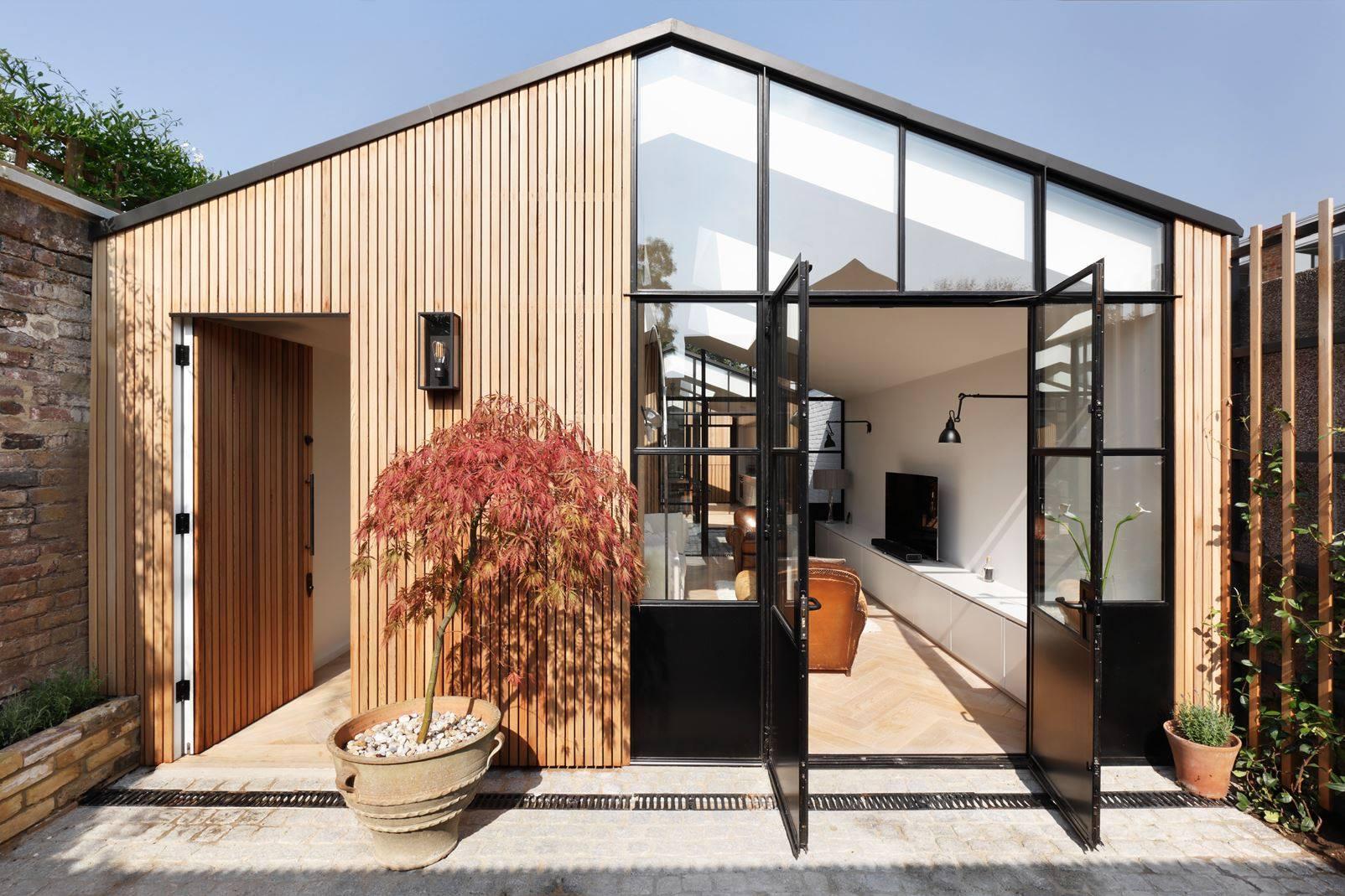 Trasformare Un Garage In Abitazione ampliare la propria casa: il legno come prezioso alleato