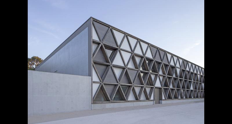 Architecture 54, Gymnase de Costebelle, Hyères, 2016